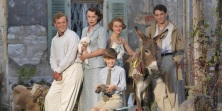 landscape-1458563459-tv-the-durrells-promo-still-01